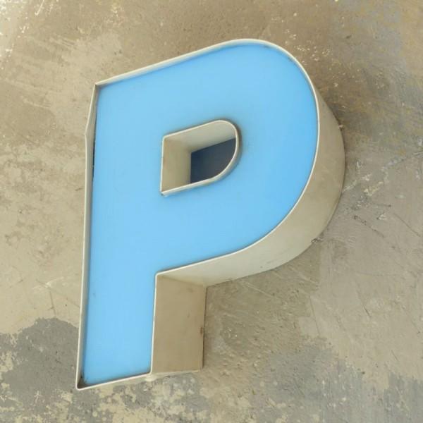 Vintage sign letter - P -...