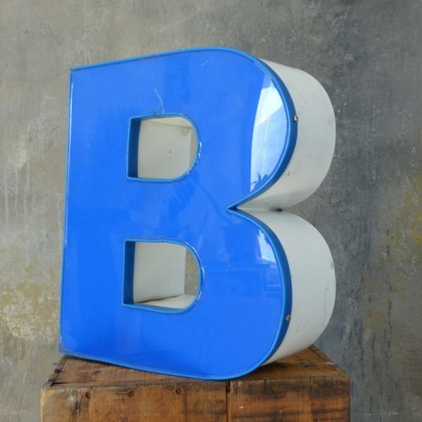 Vintage sign letter - B -...