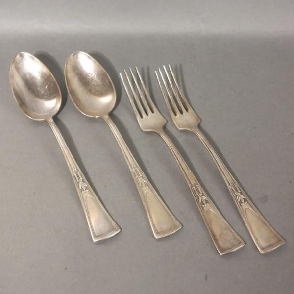 Art Nouveau. Tenedor y...
