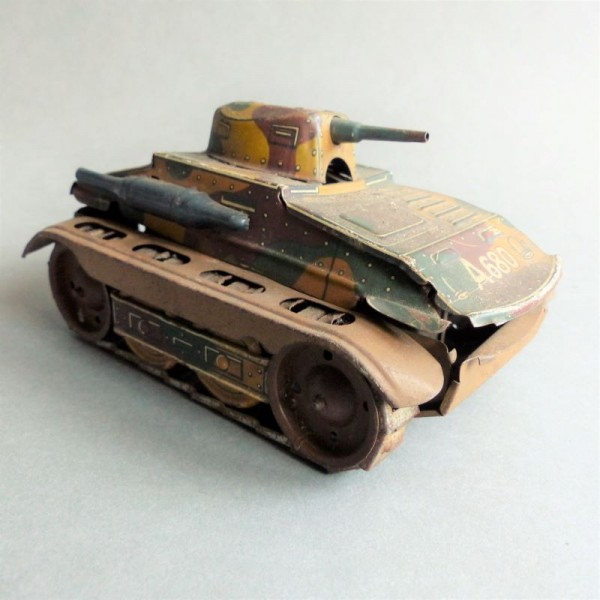 Tin toy tank from Arnold. 1940