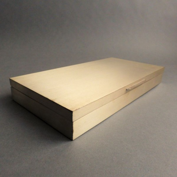 Caja de metal de Stefano...
