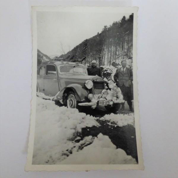 Original photo of Mercedes...