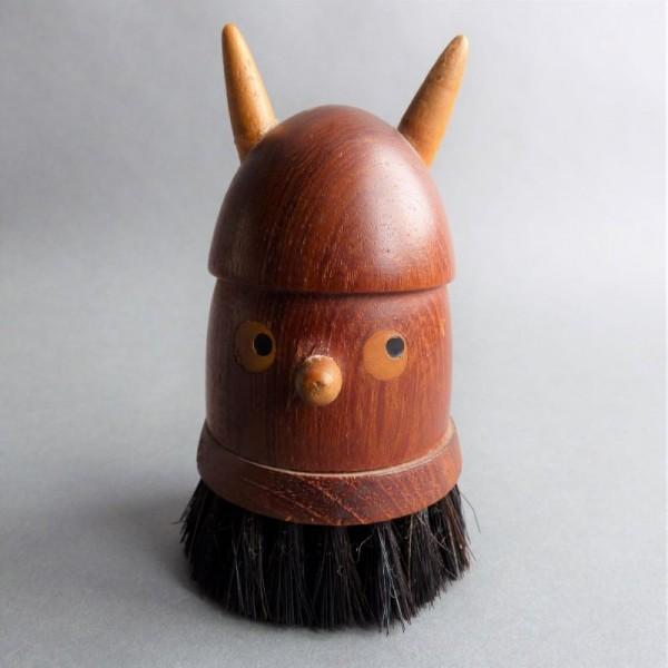 Teak figure Viking brush...