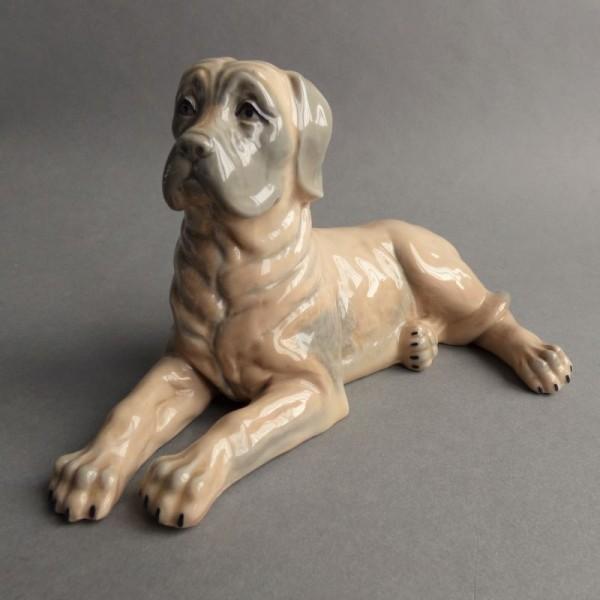 Porcelain vintage figure....